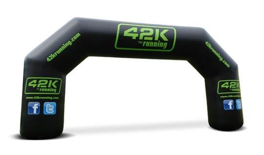 Opblaasbare Startbook Finishboog vorr Klant 42k Running